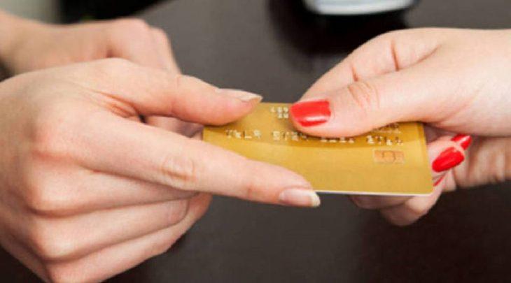 Santander Shell: o cartão de crédito sem anuidade e desconto na gasolina