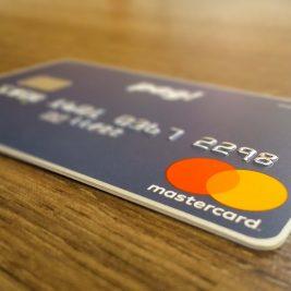 Dinheiro mais curto? Veja como parcelar a fatura no seu cartão pag!