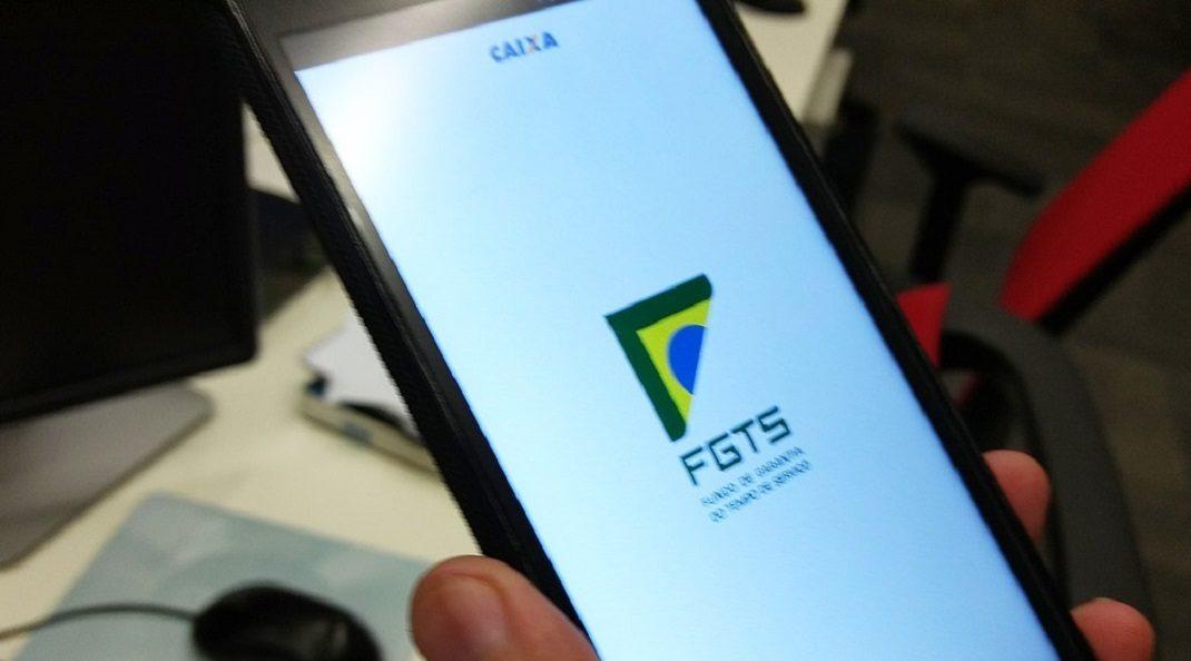 Saiba como consultar os depósitos no FGTS por SMS ou aplicativo