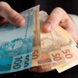 Empréstimo consignado ou com garantia? Qual a melhor opção?