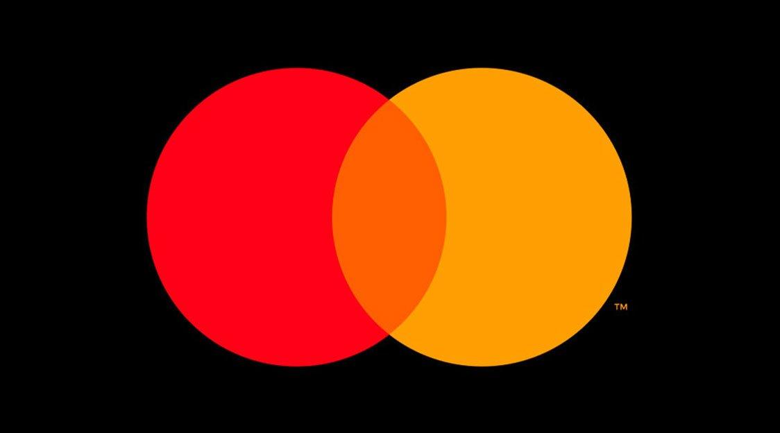 Mastercard remodela logo visando o fim dos cartões