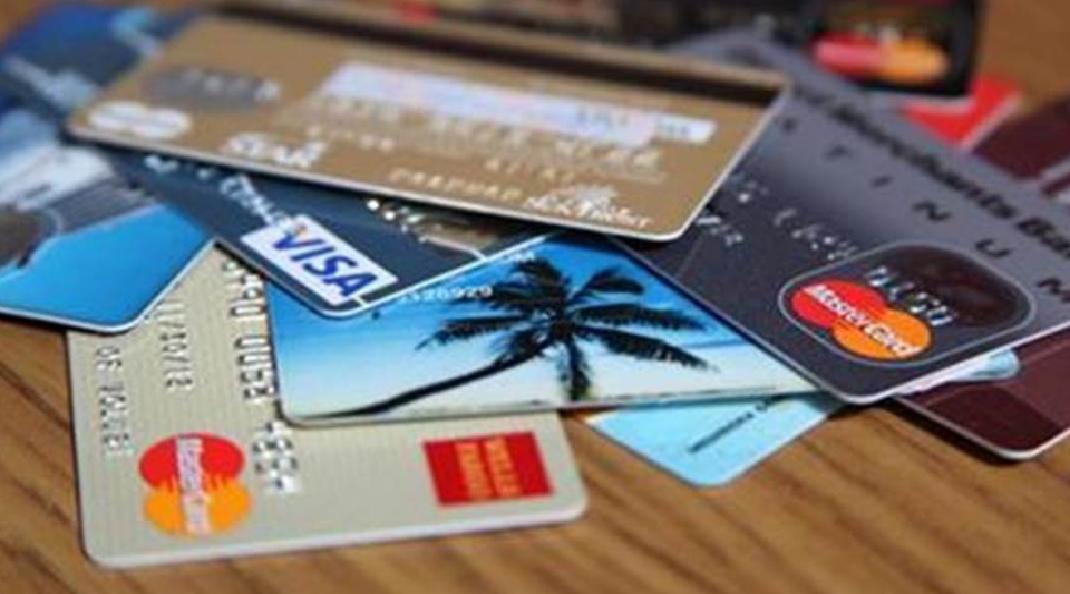 Crediário no cartão pode liberar menos crédito para quem tem score