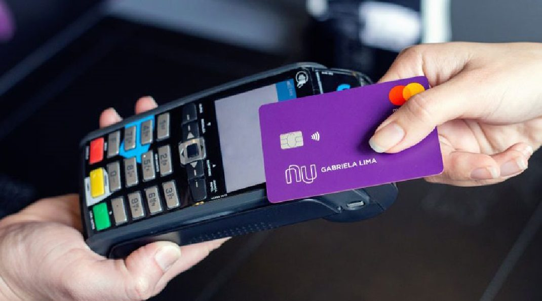 Antecipar pagamento do Nubank ou deixar o dinheiro na NuConta?