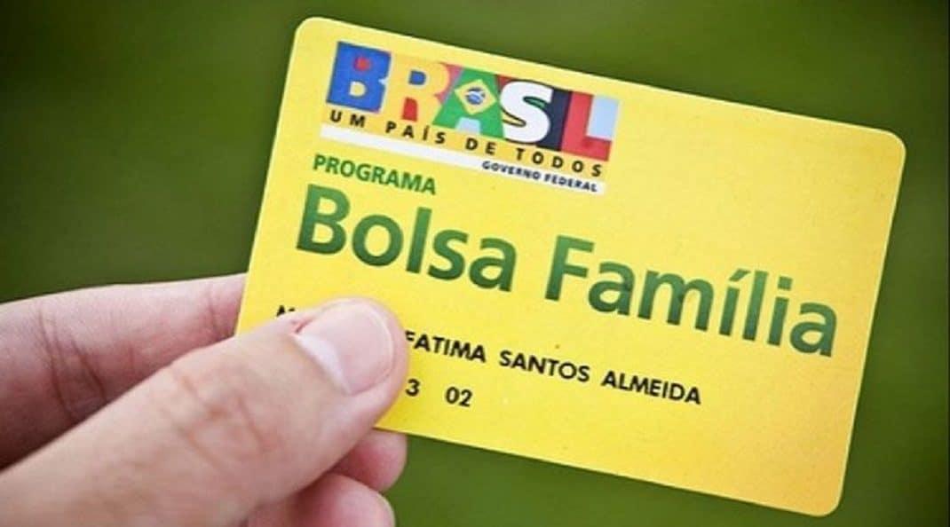 Beneficiários do Bolsa Família terão direito ao décimo terceiro em 2019