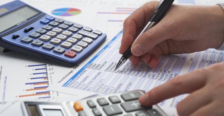 Dívida em condomínio e plano de saúde
