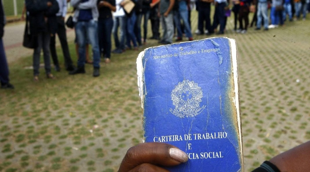 Desemprego sobe e atinge mais de 13 milhões de brasileiros, diz IBGE
