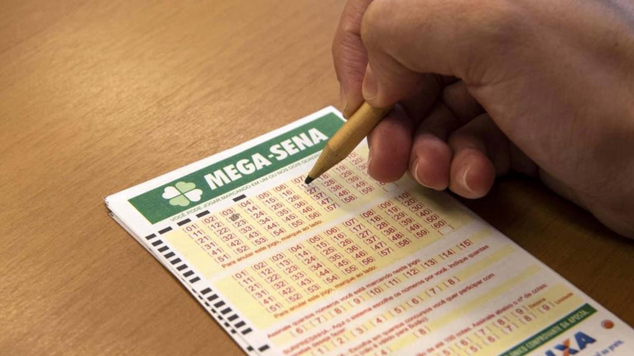 Sorteio da Mega-Sena de R$ 170 milhões pode render mais de meio milhão ao mês na poupança