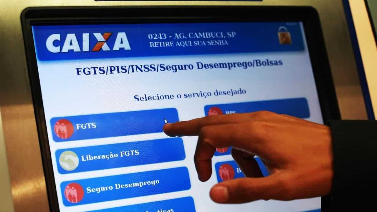 Governo quer liberar saque de contas ativas do FGTS para impulsionar a economia