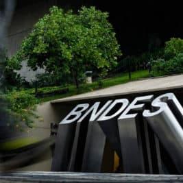 Diretor do BNDES renuncia após Bolsonaro ameaçar presidente do banco