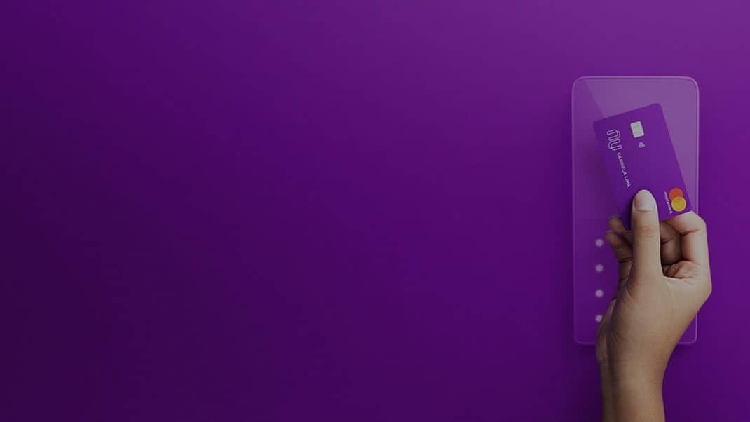 900 mil clientes já receberam convite para a função débito do Nubank, quando você será o próximo?