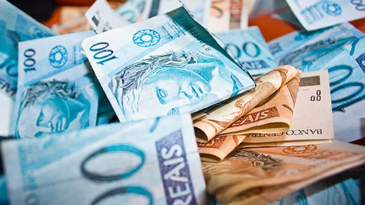 depósitos e empréstimos