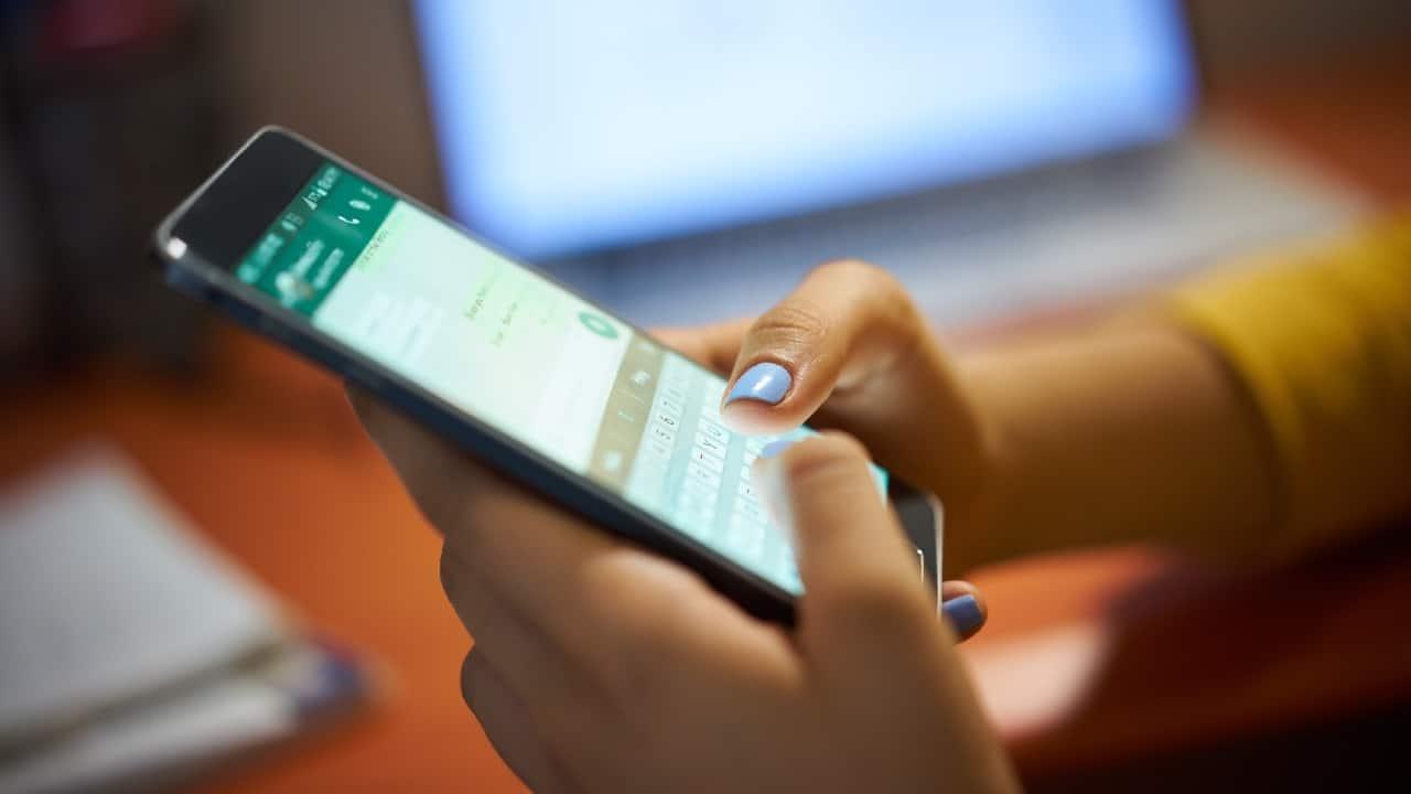Cuidado: novos golpes do FGTS no WhatsApp roubam dados bancários, saiba como se proteger