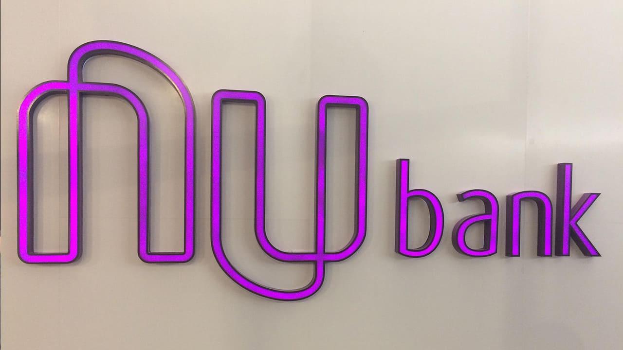 Nubank já conta com 12 milhões de clientes mas segue com prejuízo milionário