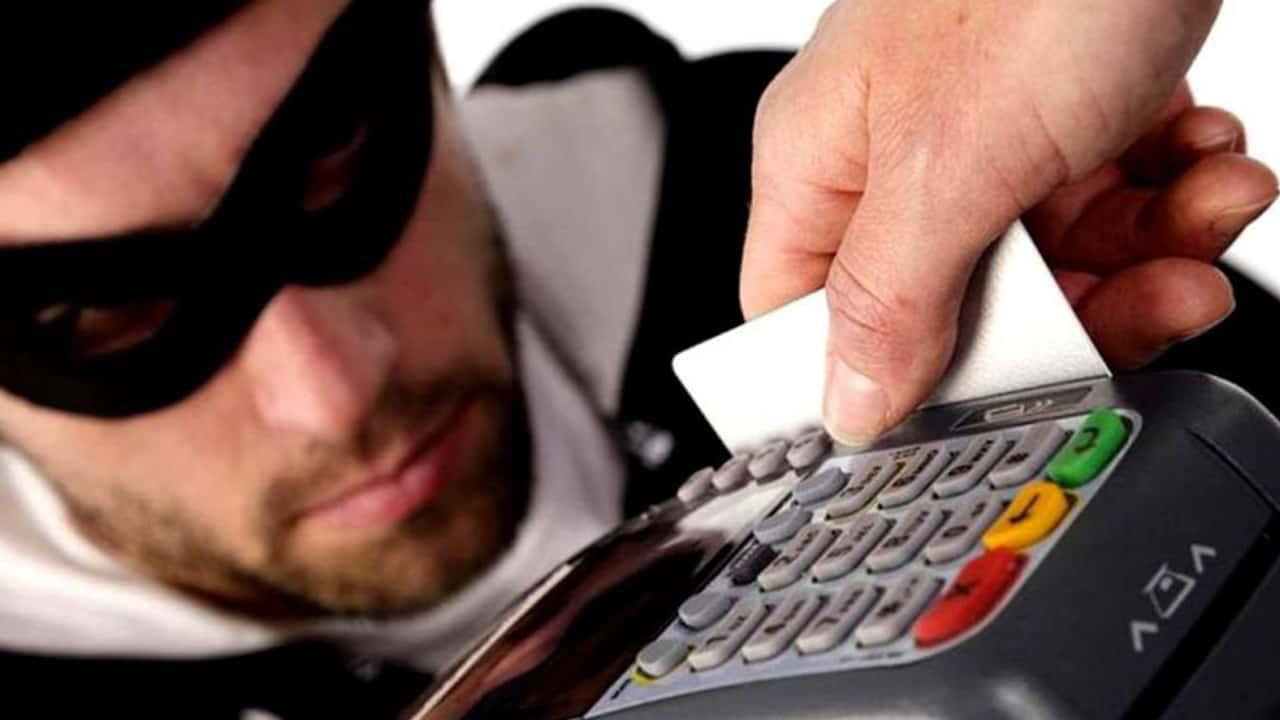 Maquininha de cartão assaltantes