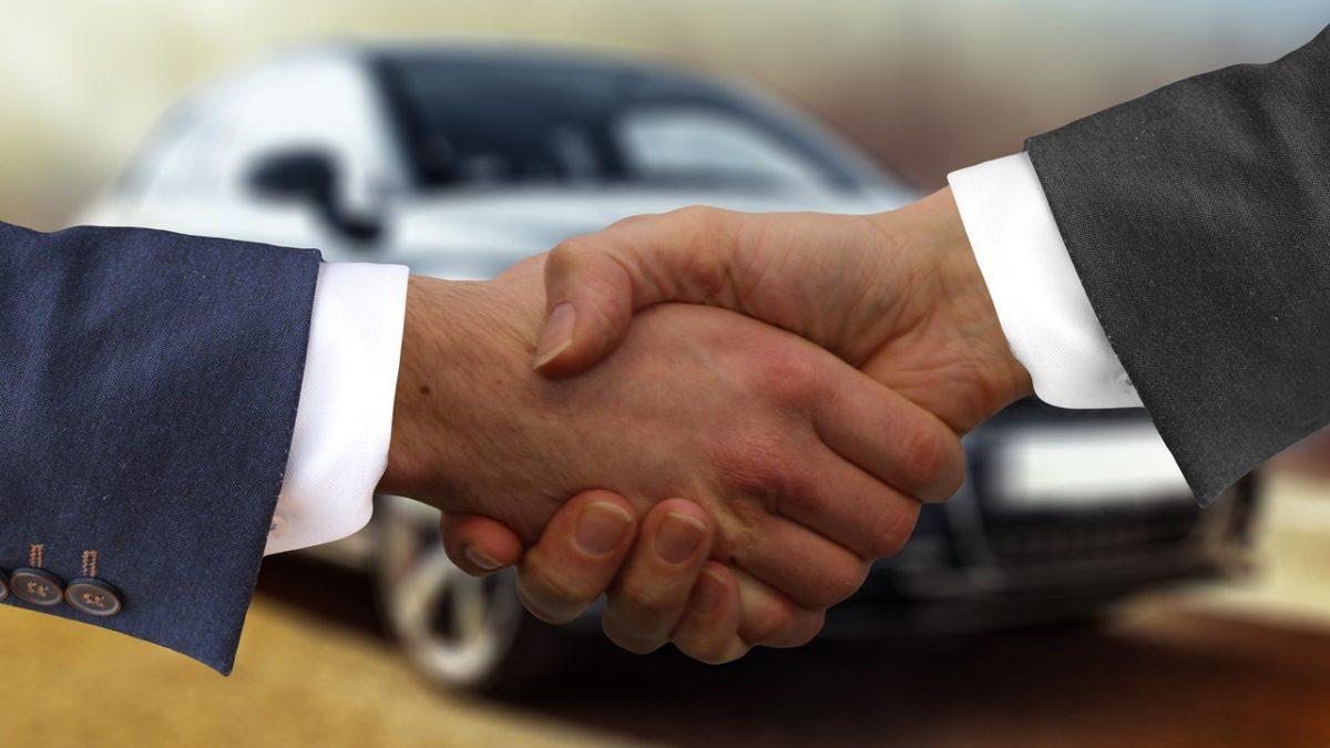 As vantagens de comprar carro no cartão de crédito