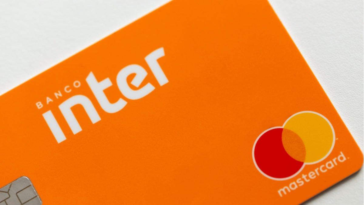Fitch eleva rating do Banco Inter, com destaque na elevação da receita de serviços