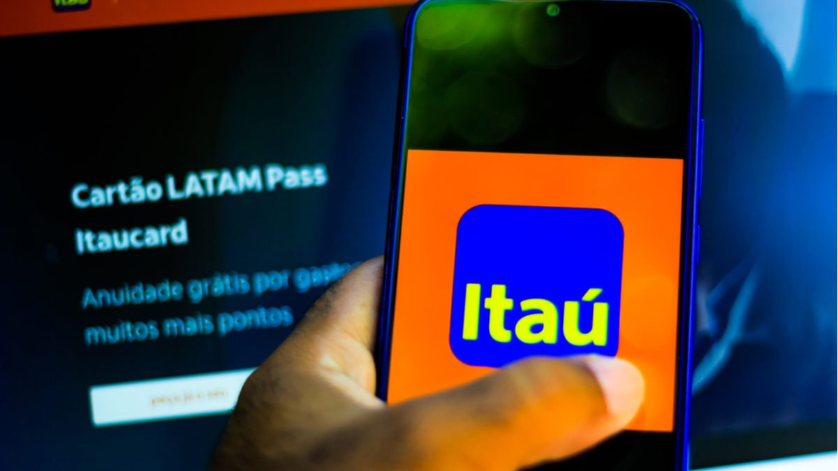 Itaucard se rende e libera limite na hora e trava dólar do dia da compra como o Nubank