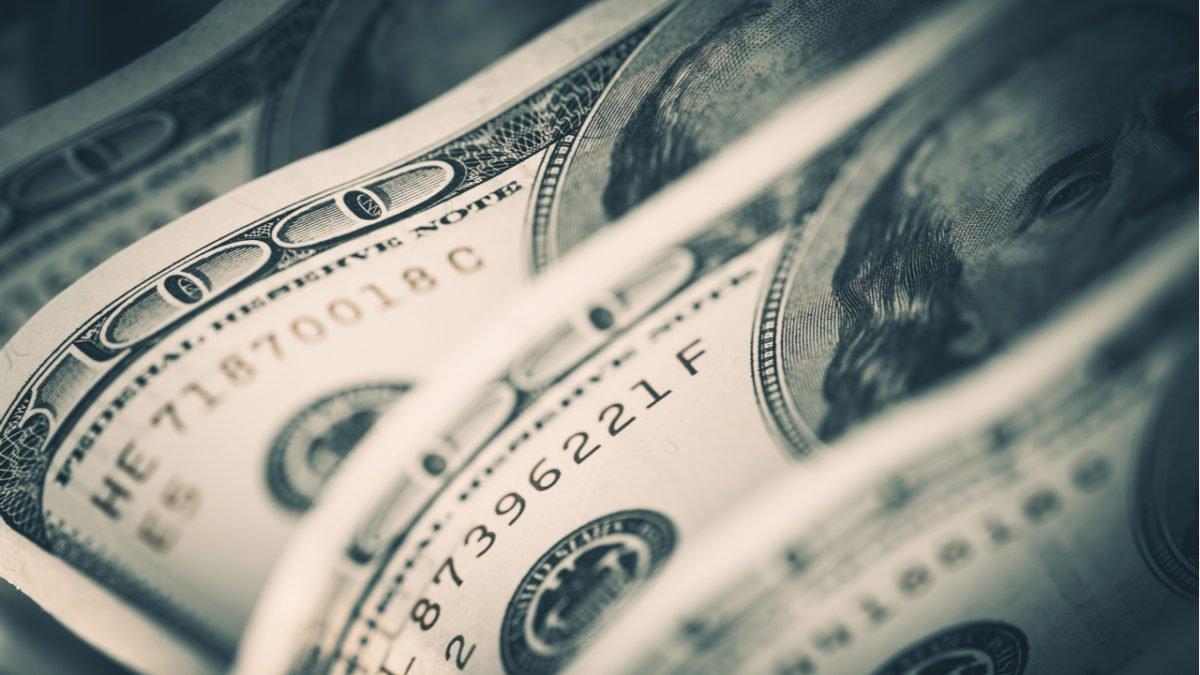 Com nova intervenção do Banco Central, dólar cai pelo 2º dia
