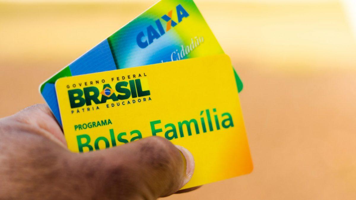 2 novos benefícios no total de R$ 800 podem ser liberados pelo governo, um deles substitui o Bolsa Família