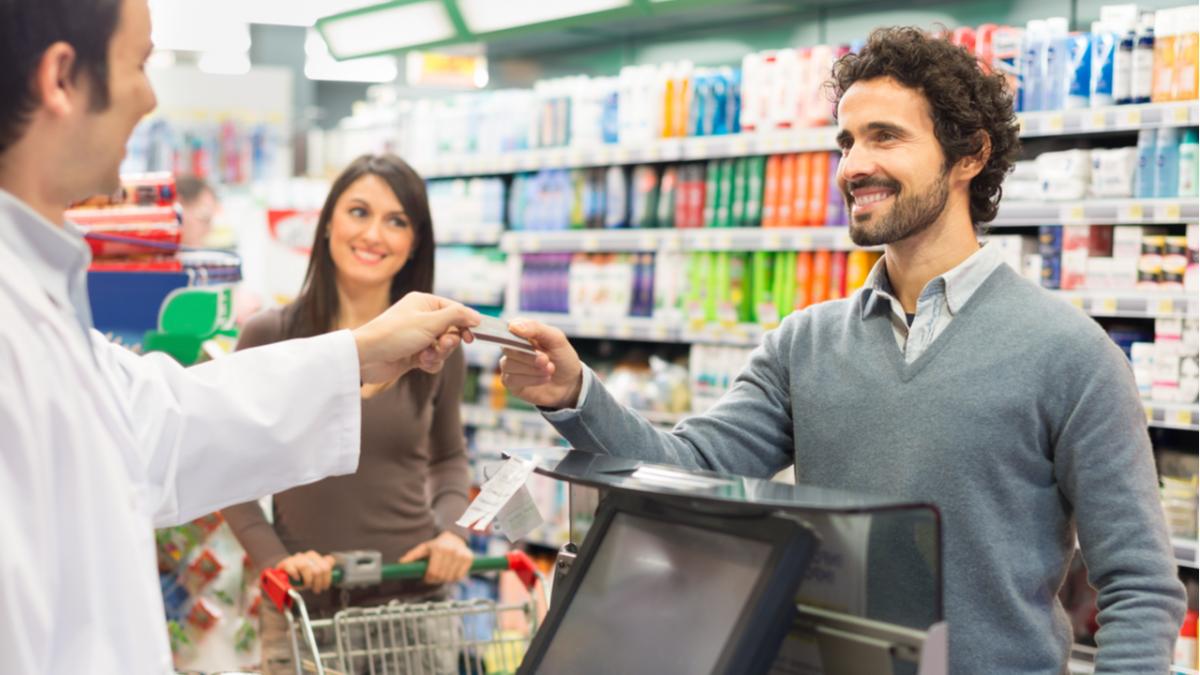 4 cartões de crédito de supermercados que dão descontos nas compras