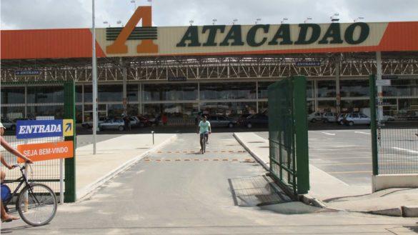 Dono do Atacadão e Carrefour pede fim da quarentena e vão demitir 60% dos funcionários