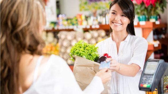 compras com cartoes em supermercados